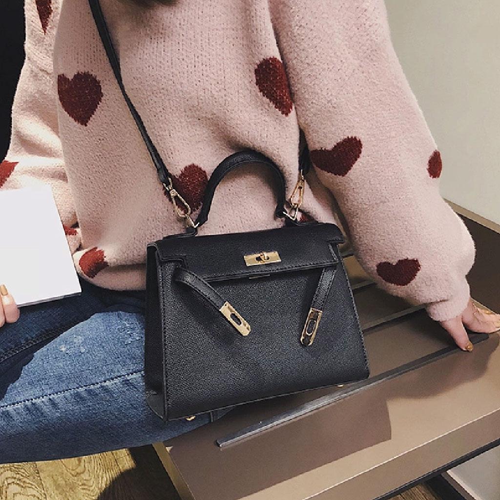 Hermes Design Handbag (black) - Qlh555778j